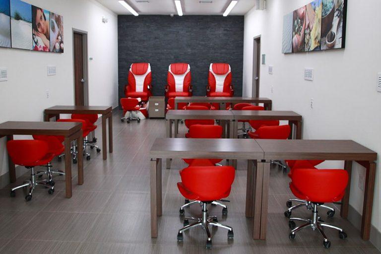 Hialeah campus nail technician salon